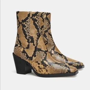 ZARA SNAKE SKIN PRINT LEATHER BLOCK HEEL BOOTS